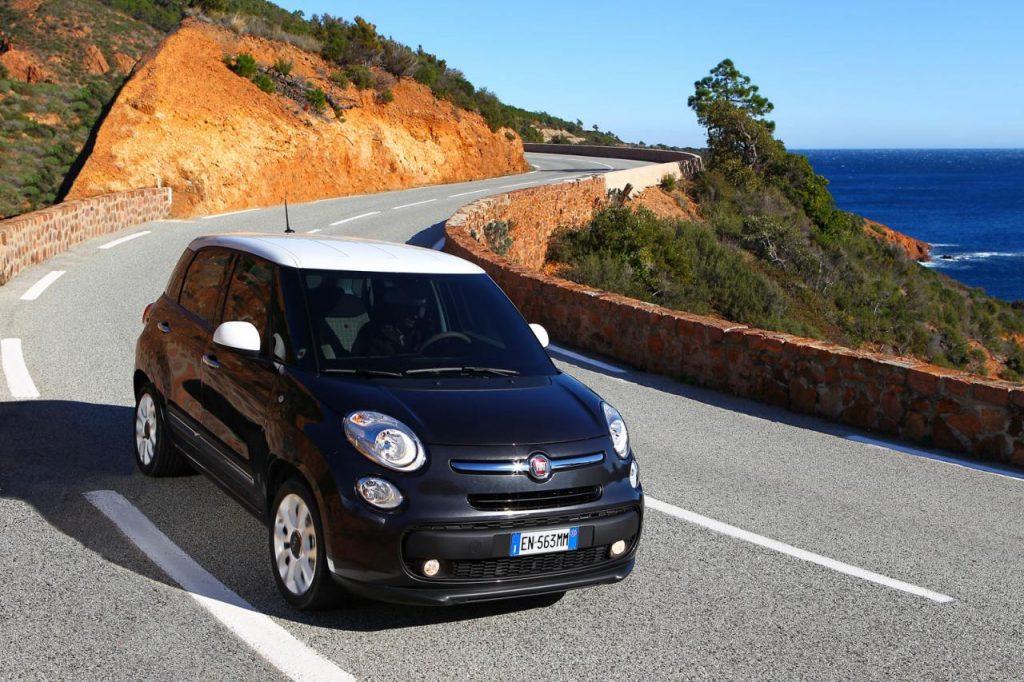 2013-Fiat-500L-Wallpaper-8