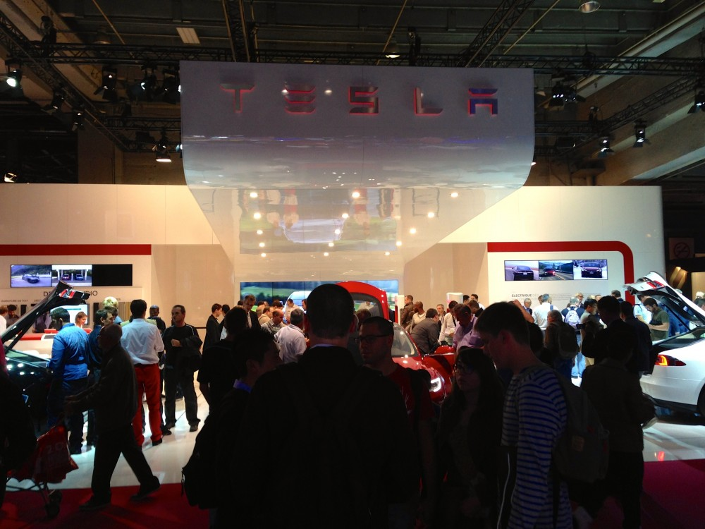 Tesla-mode- S-5-salon-auto-pairis-2014