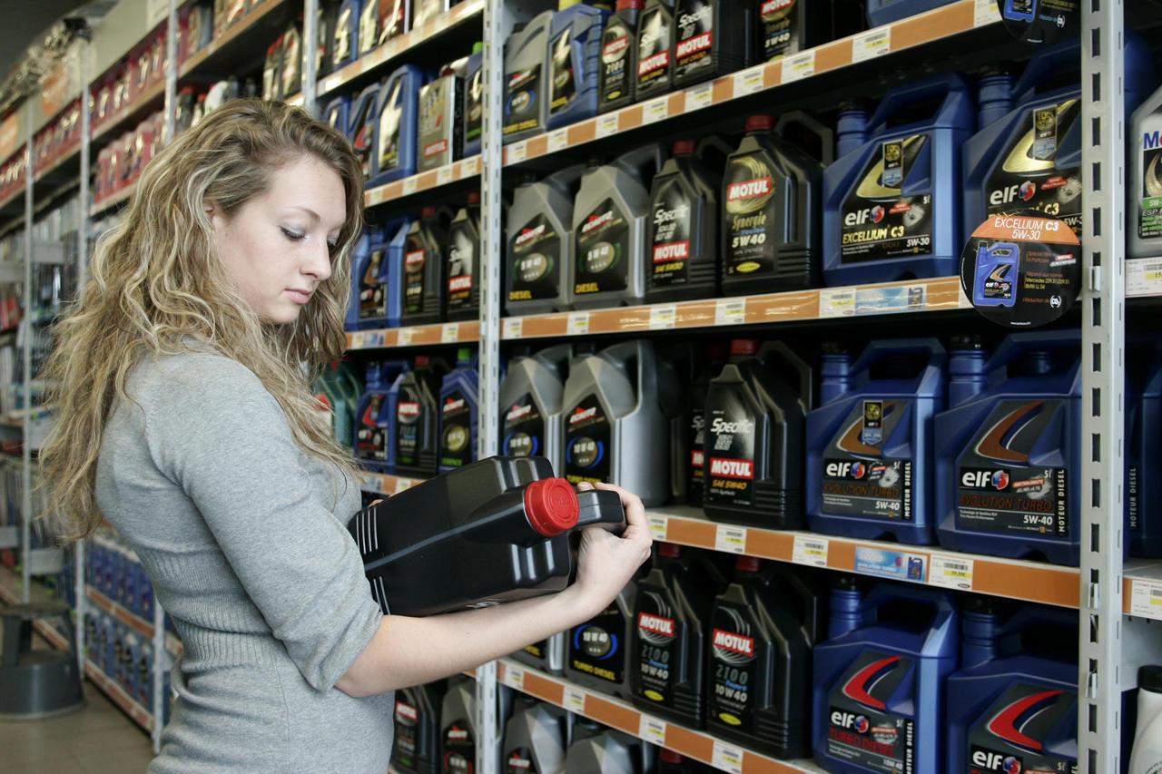 tout savoir sur l 39 huile de moteur diesel ou essence et sur la viscosit. Black Bedroom Furniture Sets. Home Design Ideas